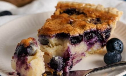 Buttermilk-Blueberry Pie