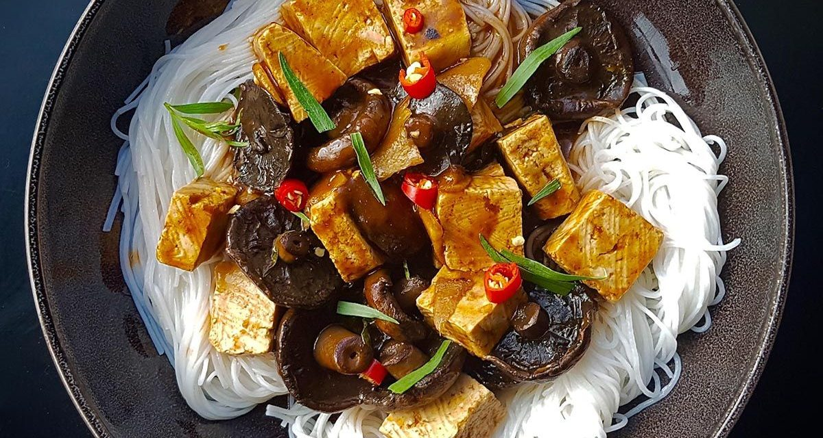 Braised Tofu and Vegetables with White Wine and Tarragon