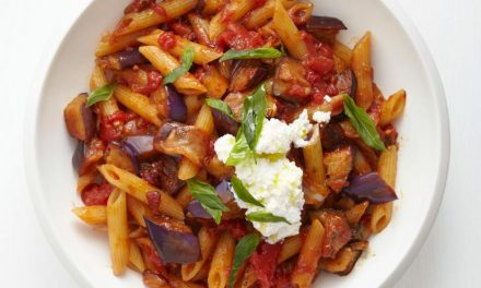 Penne with Eggplant Sauce