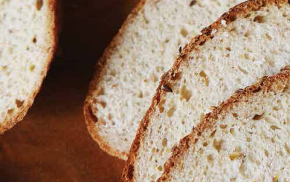 WHOLE-WHEAT FLAXSEED BREAD