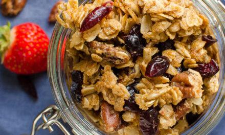 Maple Pecan Granola with Raisins