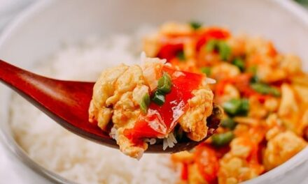 Thai Egg Stir-Fry with Tomatoes